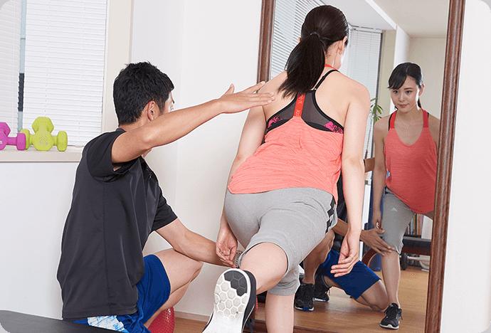 上野のパーソナルトレーニングジムでマンツーマントレーニング