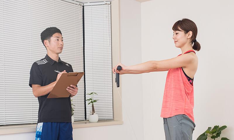 上野のトレーニングジムの流れ~体調の確認・体重測定~