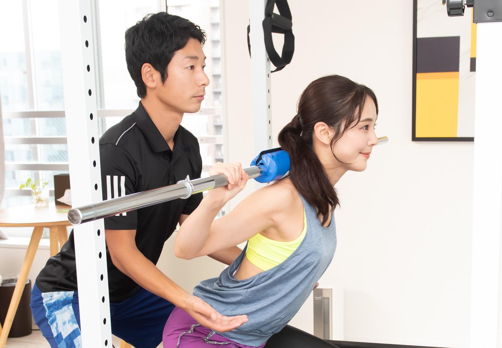 上野で下半身ダイエットのパーソナルトレーニングジムをお探しなら「Reawell」